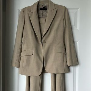 New York & Company Other - Women's pant suit